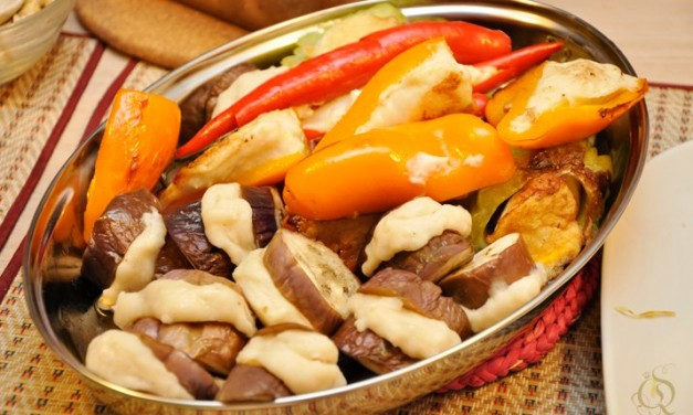 Yong Tau Foo  (Fish Paste-Stuffed Vegetables)