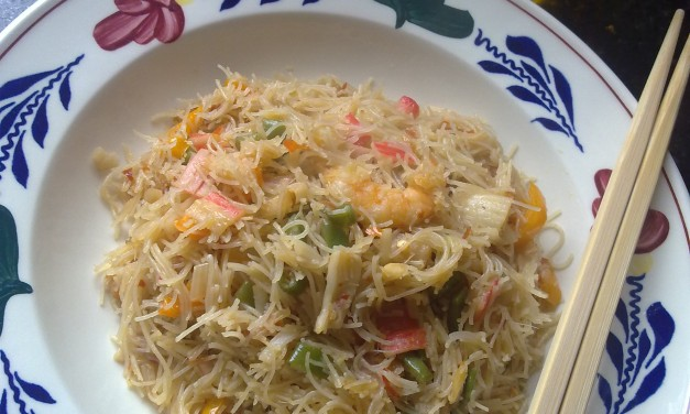 Spicy Lemongrass Seafood Fried Rice Vermicelli (MiHoon)