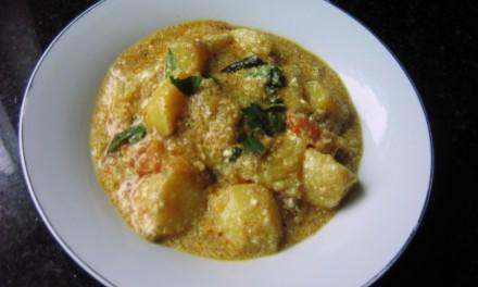 Potatoes Curry with Yogurt