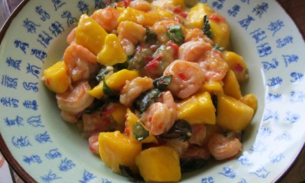 Stir-fried Prawns with Mango  (Tom Sot Xoai)