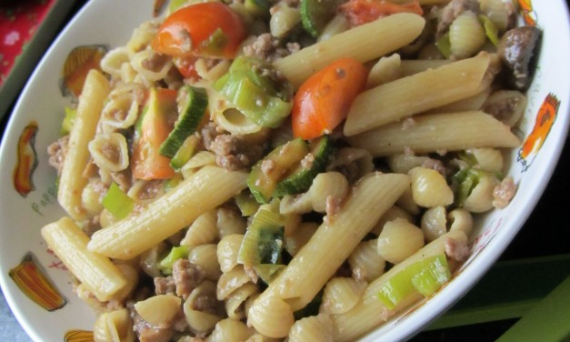 Courgette & Minced Meat in Oyster Sauce Pasta