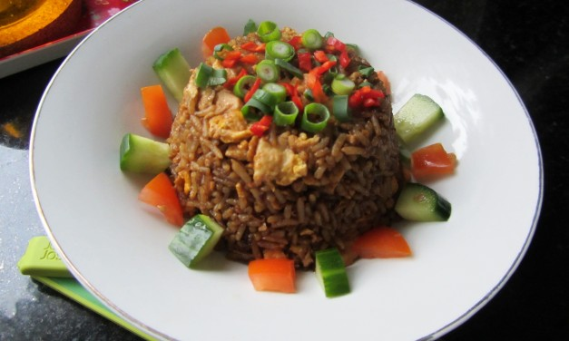 Nasi Goreng Kecap  (Fried Rice with Sweet Soy Sauce)