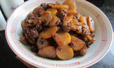 Potato & Minced Meat in Sweet Soy Sauce  (Bak Chian)