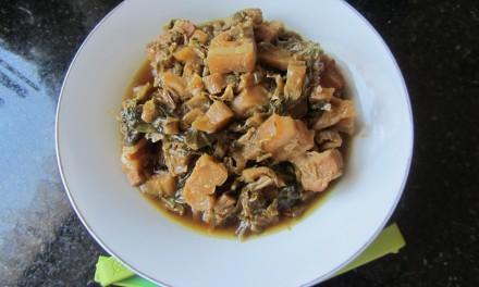 Hakka Mui Choi Kau Yok  (Braised Dried Mustard Green & Pork Belly)