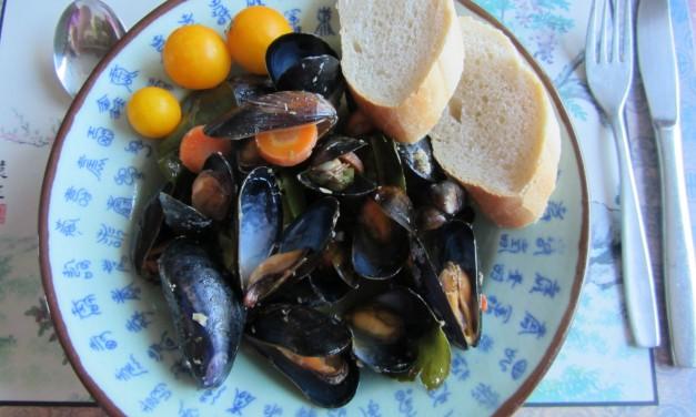 Coconut Milk, Lemongrass & Chilli Mussels
