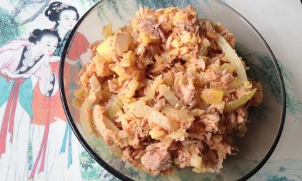 Warm Tuna Flakes, Potato & Onion Salad