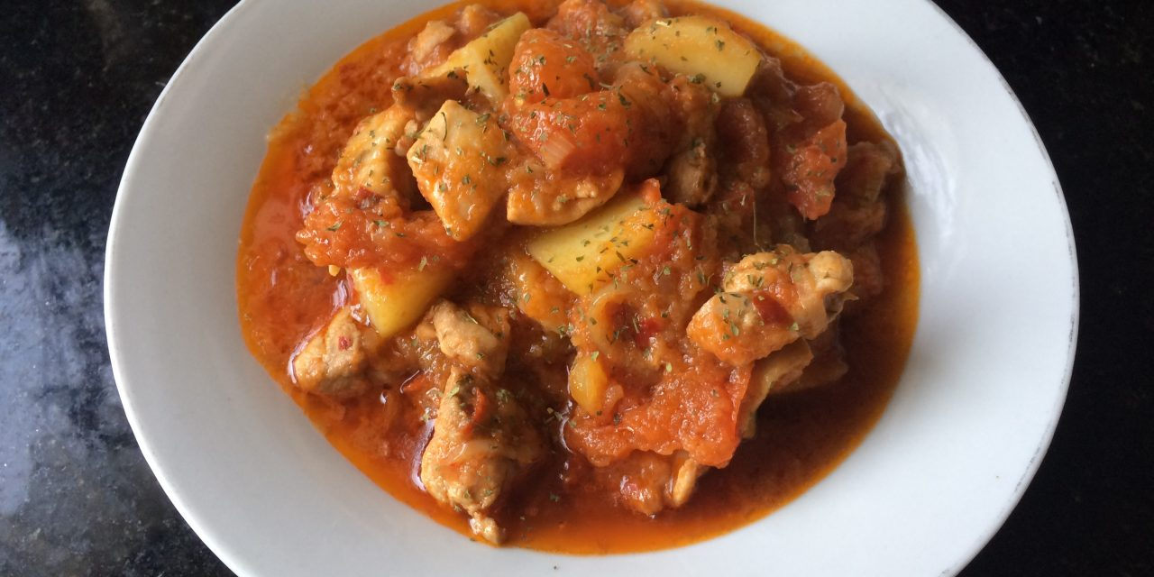 Chicken & Potato in Spicy Tomato Sauce